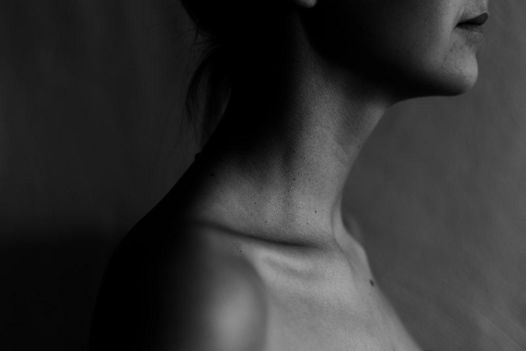 тело и шея