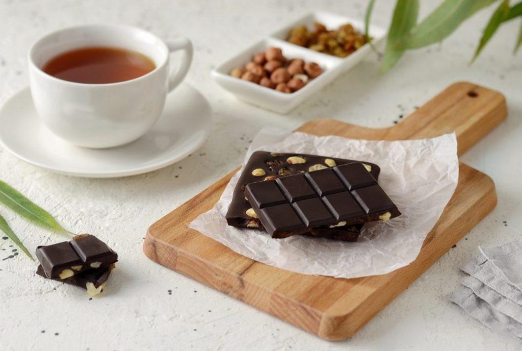 çikolata ve çay